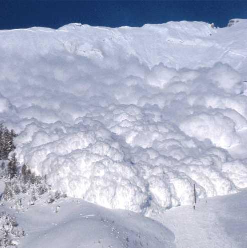 http://powdercanada.com/2011/10/canadian-avalanche-centre-events/
